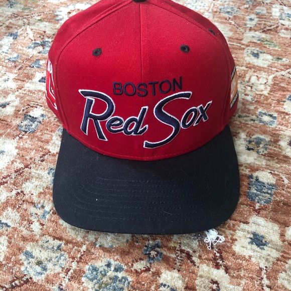 Boston Red Sox team Nike red SnapBack hat NEW!